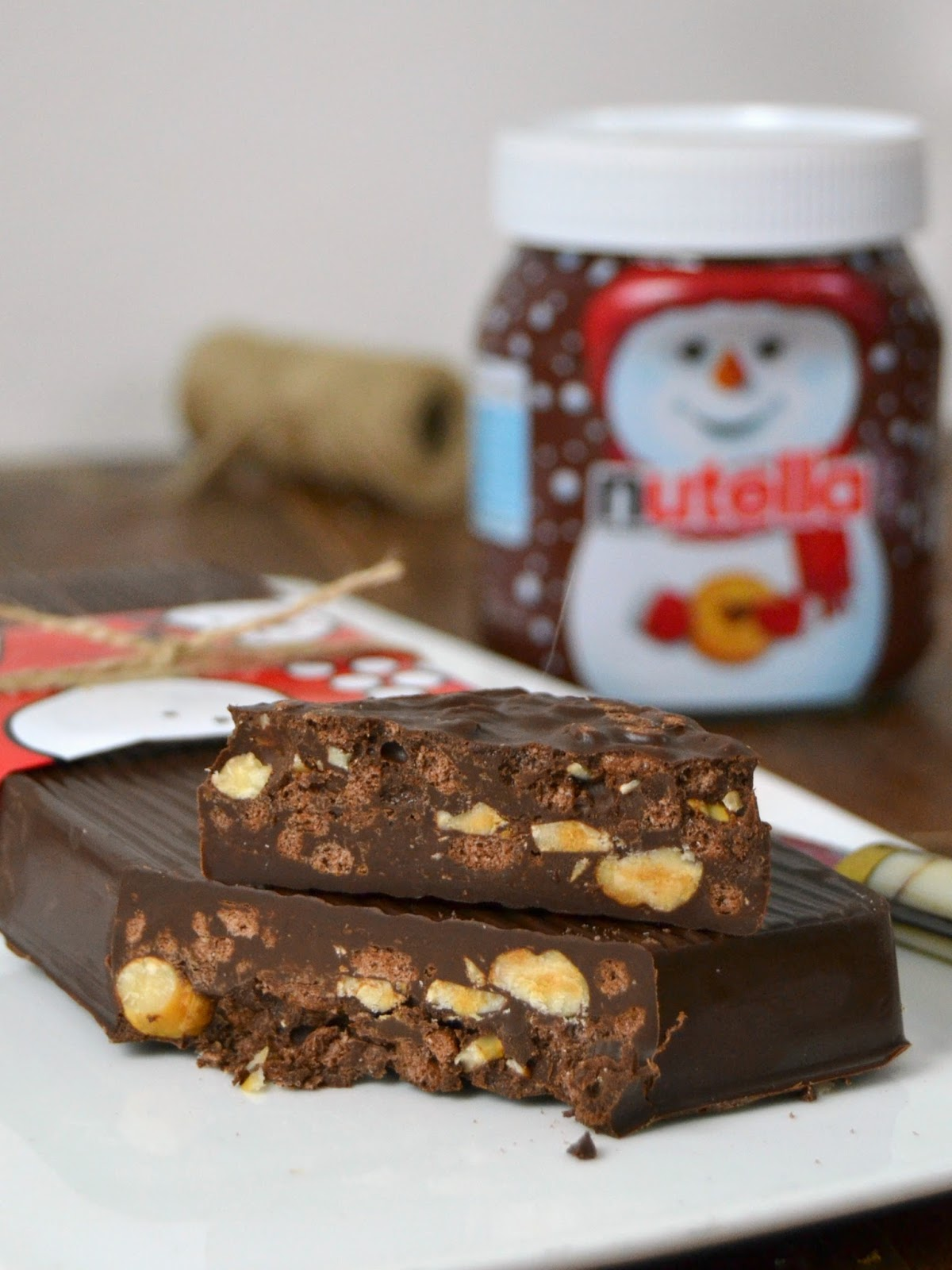 Turrón de chocolate crujiente con Nutella