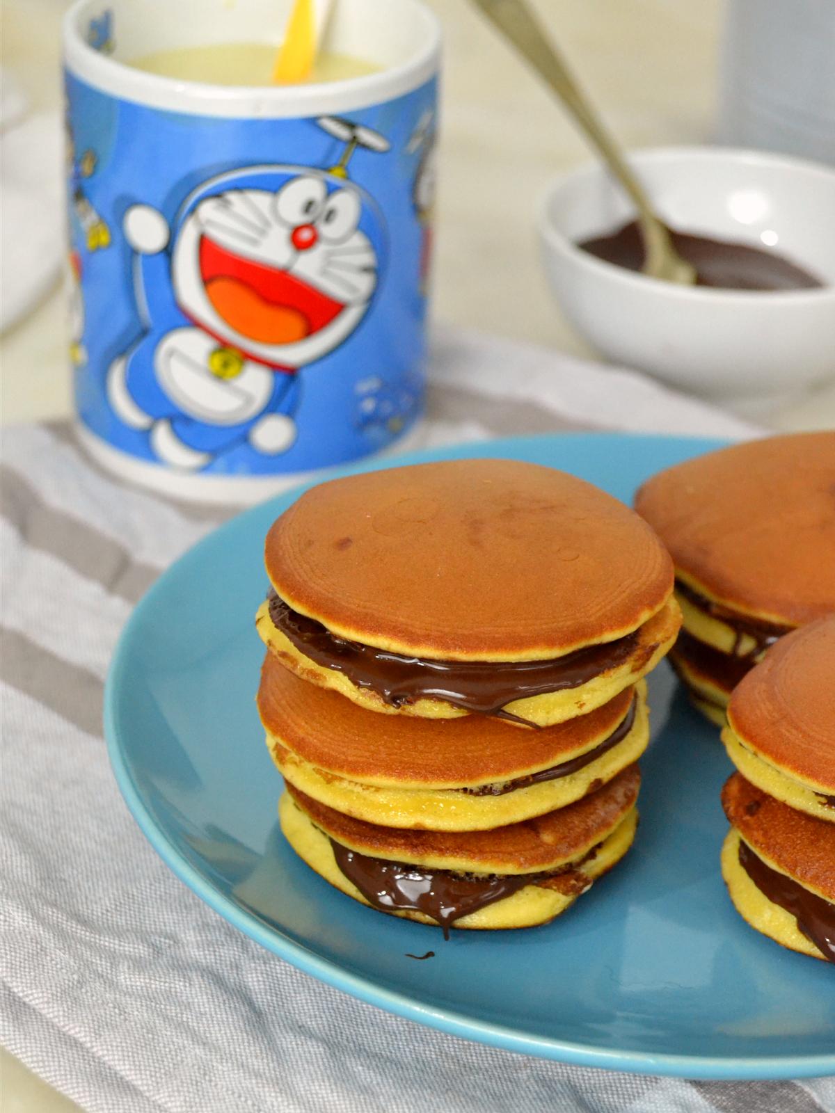 Cómo hacer dorayakis, los pastelitos favoritos de Doraemon