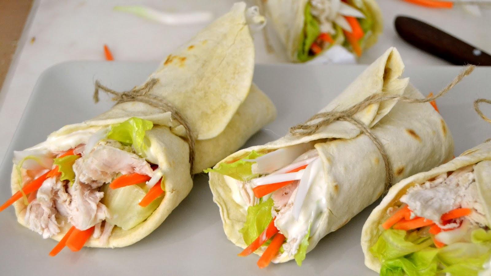 Wraps de pollo con tortillas mexicanas caseras