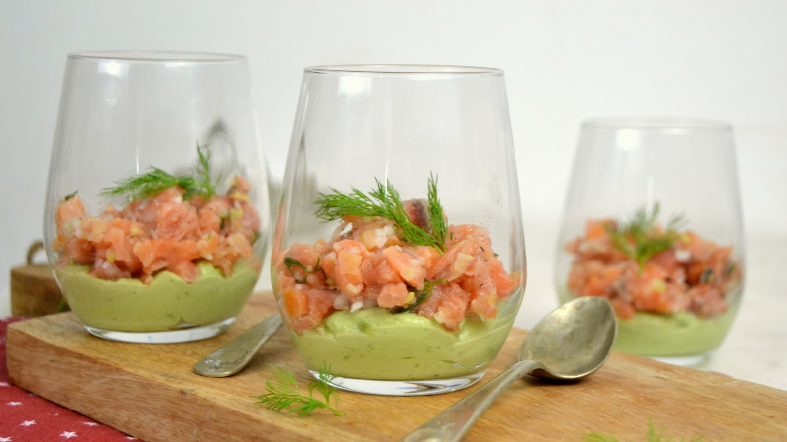 Tartar de salmón con aguacate