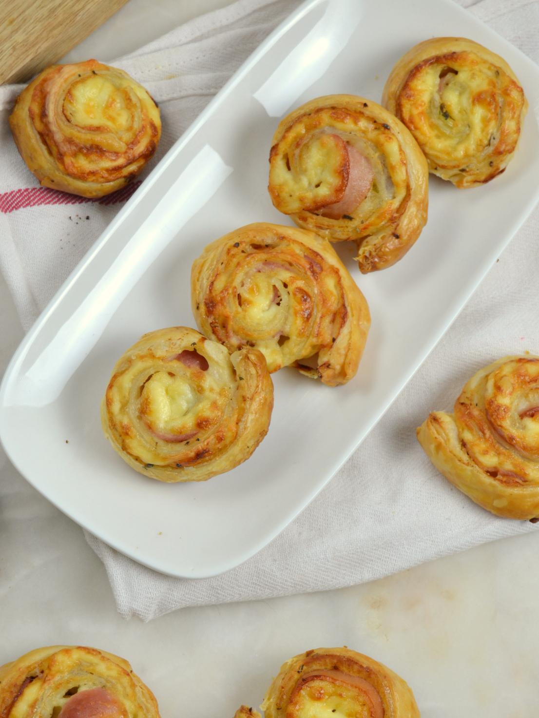 Rollitos de bacon y queso